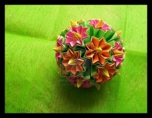 Spring_Kusudama_by_lonely__soldier