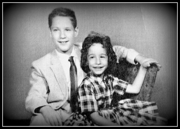 jeff-and-rochelle-circa-1960-with-border
