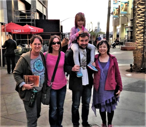 L-R Grandma Dru, Jaimi, Travis with Olive and Bubbie Rochelle